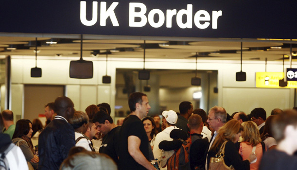 UK-Border-Control-014