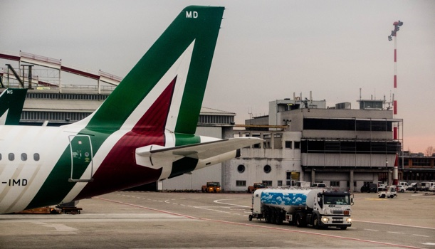 Sì commissariamento Alitalia, ok i voli
